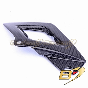 Aprilia RSV4 Tuono V4 100% Carbon Fiber Chain Guard Lower